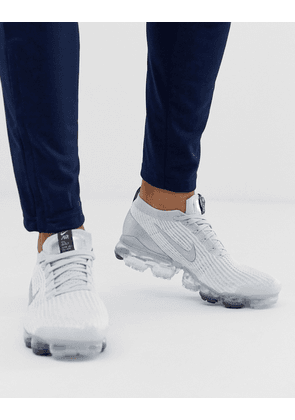 Nike Vapormax Flyknit 3.0 trainers in white