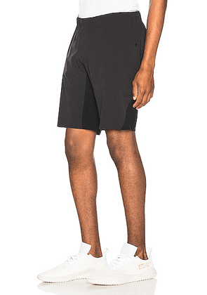 Arc'teryx Veilance Secant Comp Short in Black - Black. Size XL (also in M,S).
