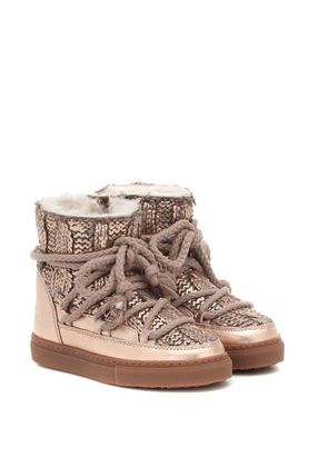 Sneaker wool and leather boots