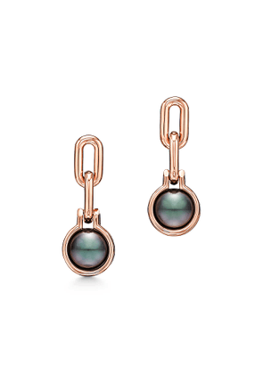 Tiffany City HardWear Tahitian black pearl link earrings in 18k rose gold