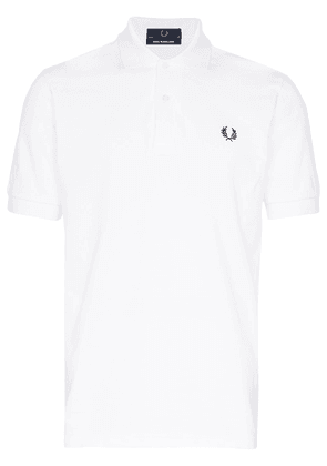Fred Perry logo-embroidered polo shirt - White