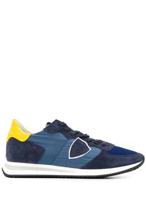 Philippe Model logo patch sneakers - Blue