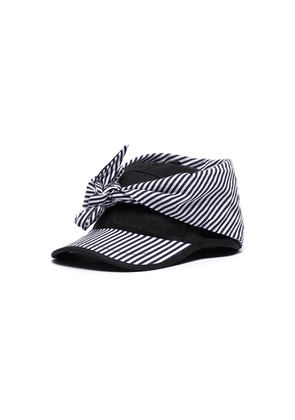 Stripe panel tie front cap