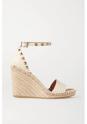 Valentino - Valentino Garavani Rockstud 105 Textured-leather Espadrille Wedge Sandals - Off-white