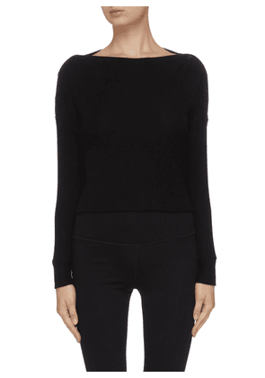 'Your line' buttoned knit top