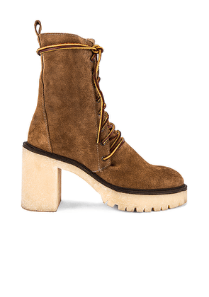 Free People Dylan Lace Up Boot in Brown. Size 38.