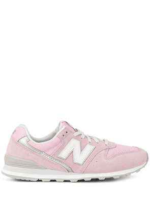 New Balance logo patch low top sneakers - PINK