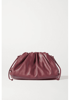 Bottega Veneta - The Pouch Small Gathered Leather Clutch - Burgundy
