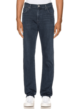 Citizens of Humanity Gage Straight Jean. Size 30,33.