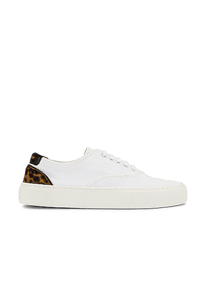 Saint Laurent Venice Low Top Sneakers in White & Manto Naturale - White. Size 35 (also in 36.5,37,37.5,38,38.5,39,40,39.5,41,36).