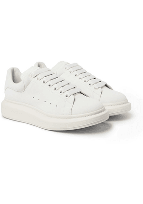 Alexander McQueen - Exaggerated-sole Suede Sneakers - White
