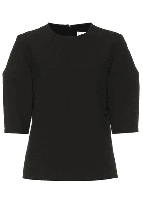 Structured-sleeve stretch top