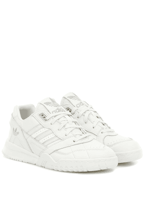 A.R. leather sneakers