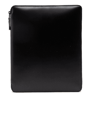 Comme Des Garcons Luxury Leather iPad Case in Black - Black. Size all.