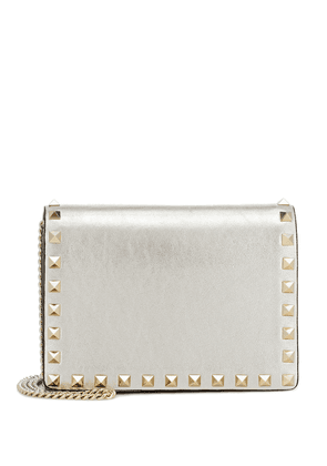 Valentino Garavani Rockstud metallic leather clutch