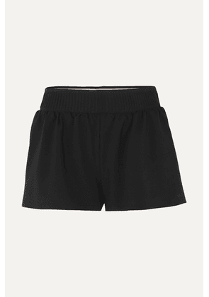 Vaara - Stella Stretch Shorts - Black