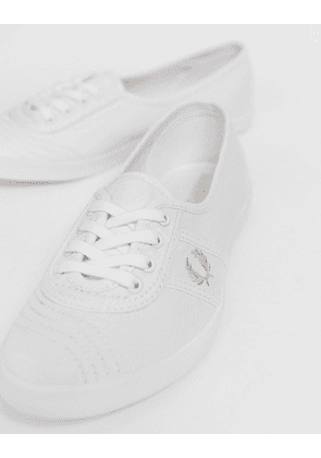 Fred Perry Aubrey twill trainer with pink logo crest-White