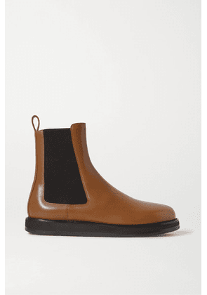 The Row - Leather Chelsea Boots - Tan