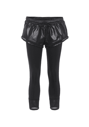 Essential shorts over tights