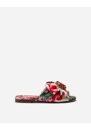 Dolce & Gabbana Collection - TWILL SLIDERS WITH BLOODING PRINT AND BROOCH FLORAL PRINT