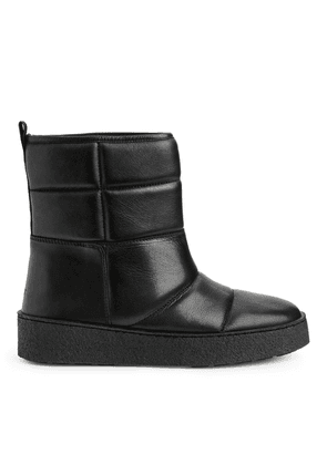 Quilted Leather Boots - Black