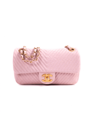 Chanel timeless/classique pink leather handbag