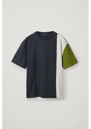 COLOUR BLOCK T-SHIRT WITH ZIP