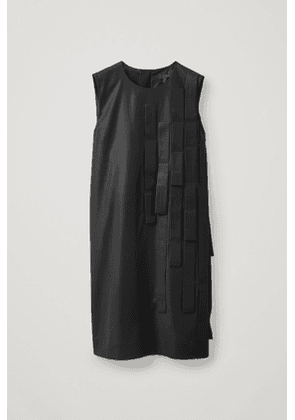 WOOL DRESS WITH STRAP DETAIL