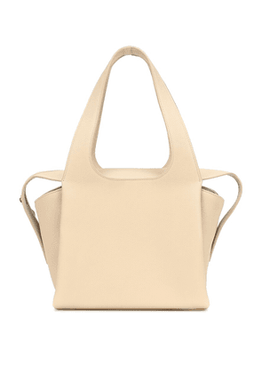TR1 leather tote