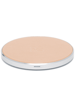 Bang & Olufsen Beoplay BeoPlay wireless charging pad - NEUTRALS