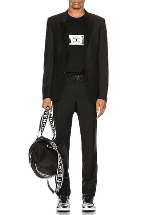 Givenchy Tuxedo in Black - Black. Size 46 (also in 48).