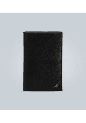 Billfold leather wallet with logo