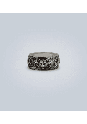 Sterling silver ring with feline head