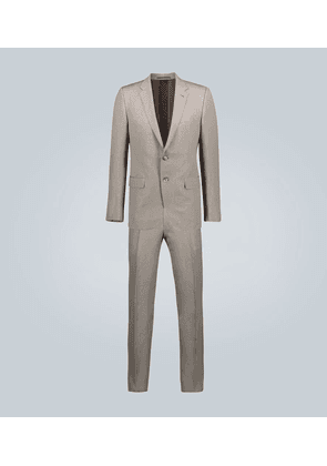 Tailored single-breasted suit