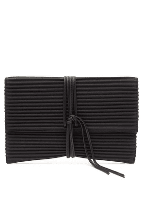 Pleated Pouch