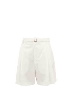 Edward Crutchley - Belted Pleat-front Wool-crepe Shorts - Womens - Ivory