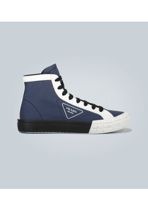 Wheel high-top sneakers with logo