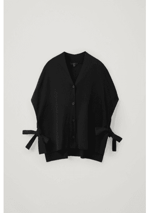 OVERSIZED KNITTED TOP WITH TIE SIDES