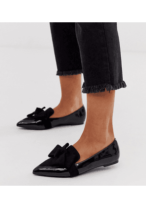 ASOS DESIGN Wide Fit Ludo bow pointed ballet flats in black