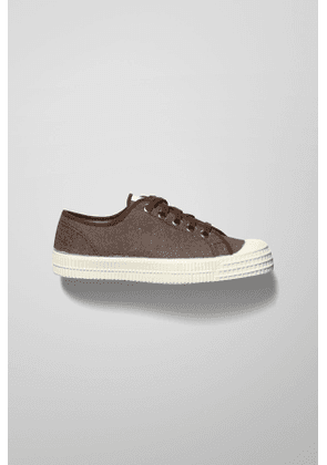 Low Top Sneakers - Brown