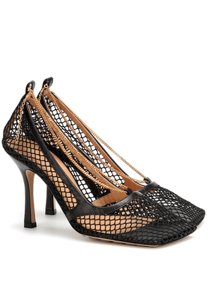 Stretch mesh and leather pumps
