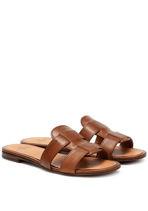 Dee Dee leather slides