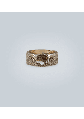 18 carat gold GG ring