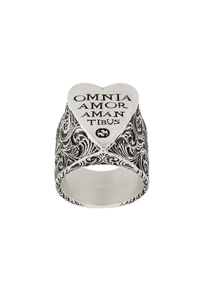Gucci engraved heart ring - SILVER