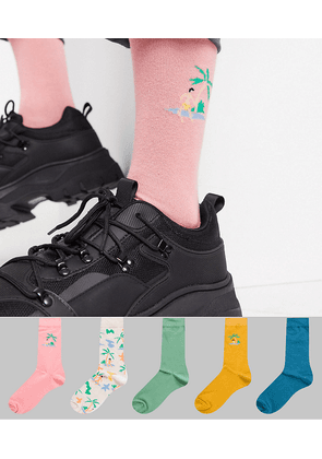 ASOS DESIGN 5 pack ankle sock with beach scene embroidery-Multi