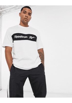 Reebok classics t shirt with neck logo embroidery in black