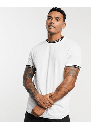 ASOS DESIGN t-shirt with tipping in white