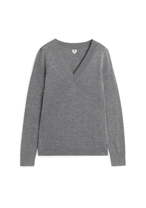 Silk Cotton V-Neck Jumper - Grey