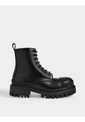 Strike Combat Boots in Black Leather