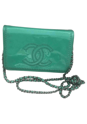 Chanel wallet on chain turquoise patent leather handbag